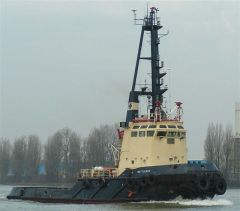 Picture by J.Lingbeek via www.tugspotters.com