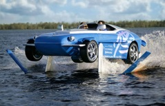 Picture via www.rinspeed.com