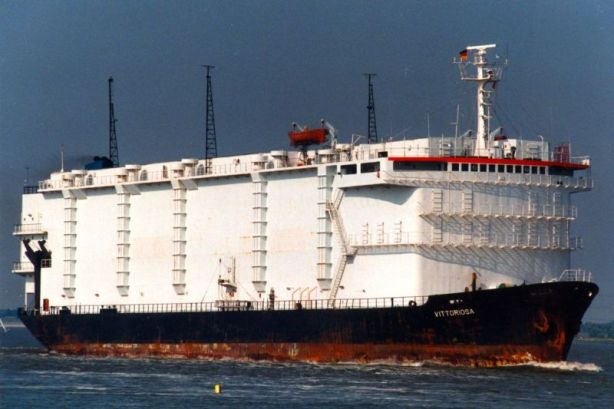 Picture by Joerg Seyler via www.shipspotting.com