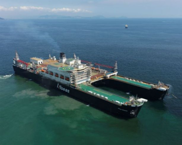 Picture by Allseas via www.Gcaptain.com